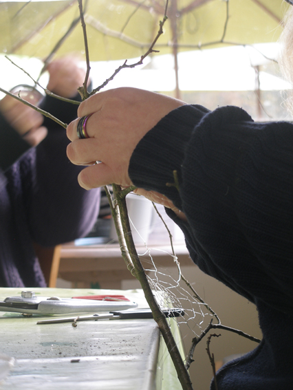 Weaving wire webs in Salcey Forest
